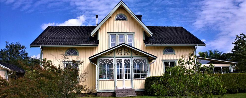 house, villa, wooden house-2977085.jpg